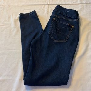 Seven7 High waisted Tummyless Skinny Jeans Size 10